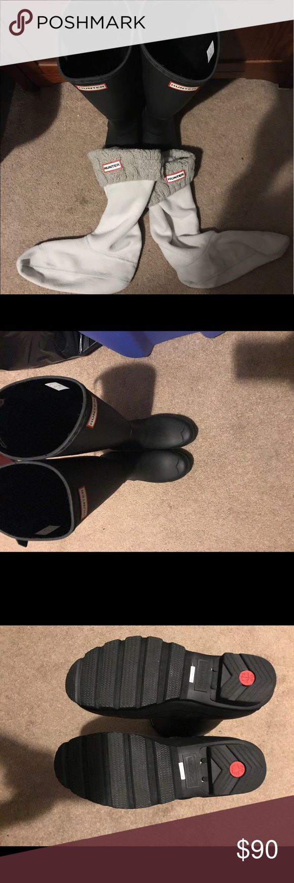 NWOT MATTE FINISH TALL HUNTER RAIN BOOTS Beautiful & brand new Hunter rain boots. I'm also including a pair of hunter boot liner also brand new. They are great for running errands or going out. I got them as a gift & already have a pair. Great bargain Hunter Boots Shoes Winter & Rain Boots