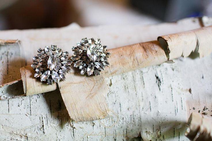 Stonefields Wedding |Melanie Rebane|http://weddingphotographersottawa.ca/ #weddingearrings