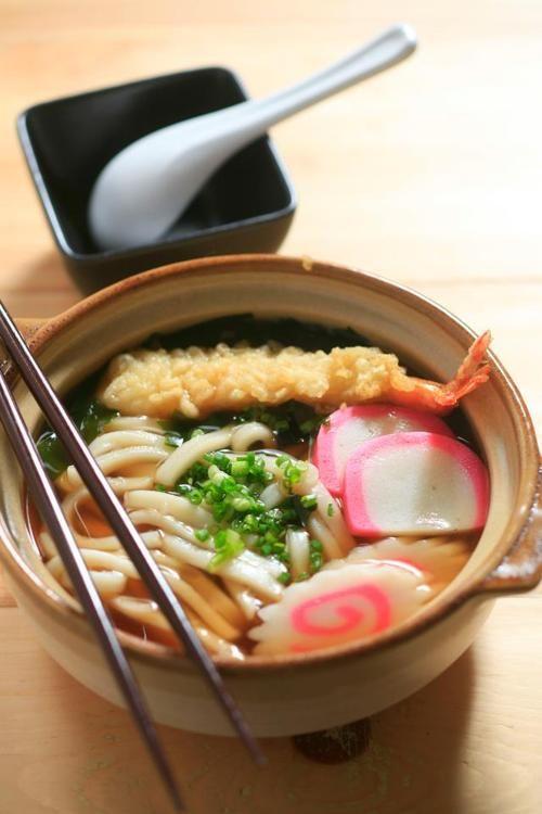 Japanese Nabeyaki (hot pot) udon noodle. I'm not fond of tempura, but udon and kamboku are both tasty.