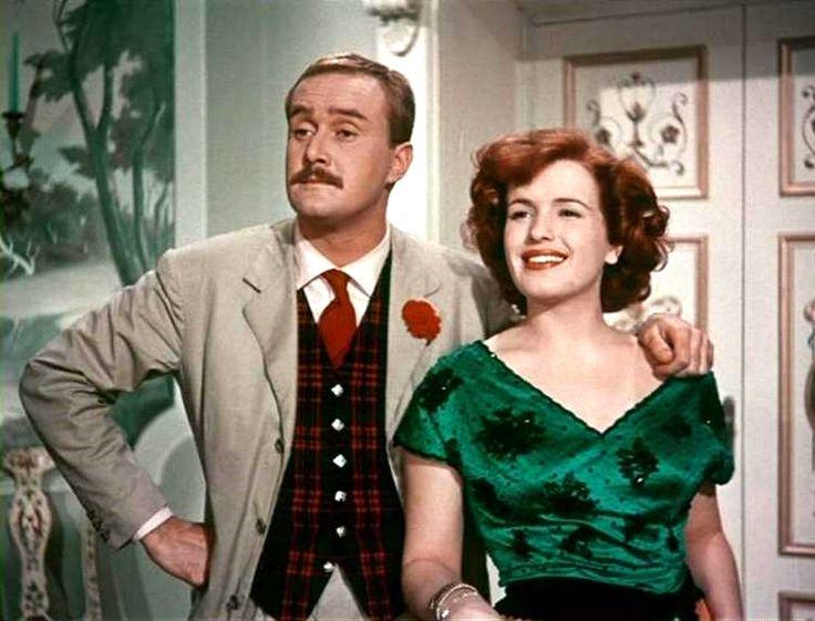 """Fulvia Franco with Galeazzo Benti in Steno (Stefano Vanzina)'s comedy """"Totò a colori"""" (English title: """"Totò in Color"""", 1952)."""