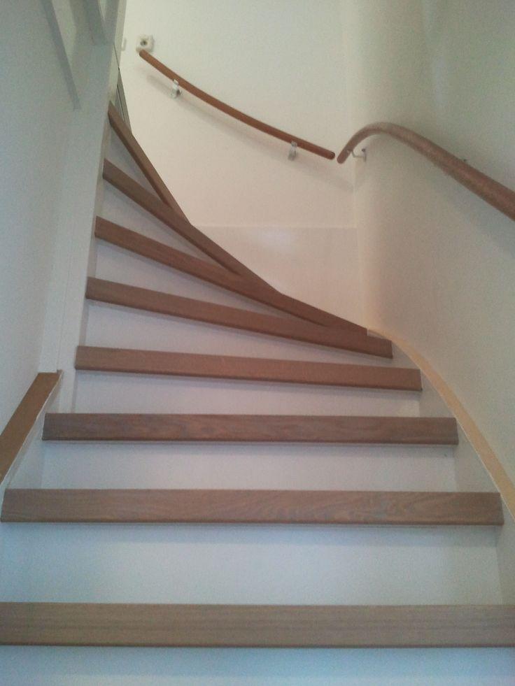 Traprenovatie eiken open en dichte trap van vliet for Open trap bekleden met hout
