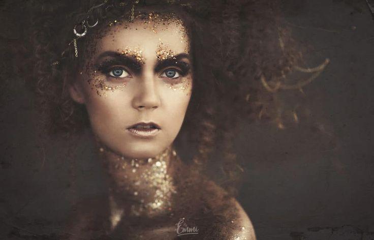 By Emmi, glitteri, glitter, kiharat, curly, make up, muah, meikki, bohem, boheemi
