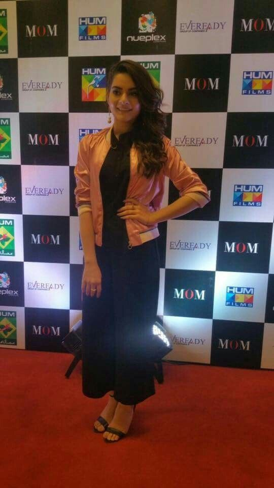 minal khan at the premiere of mom