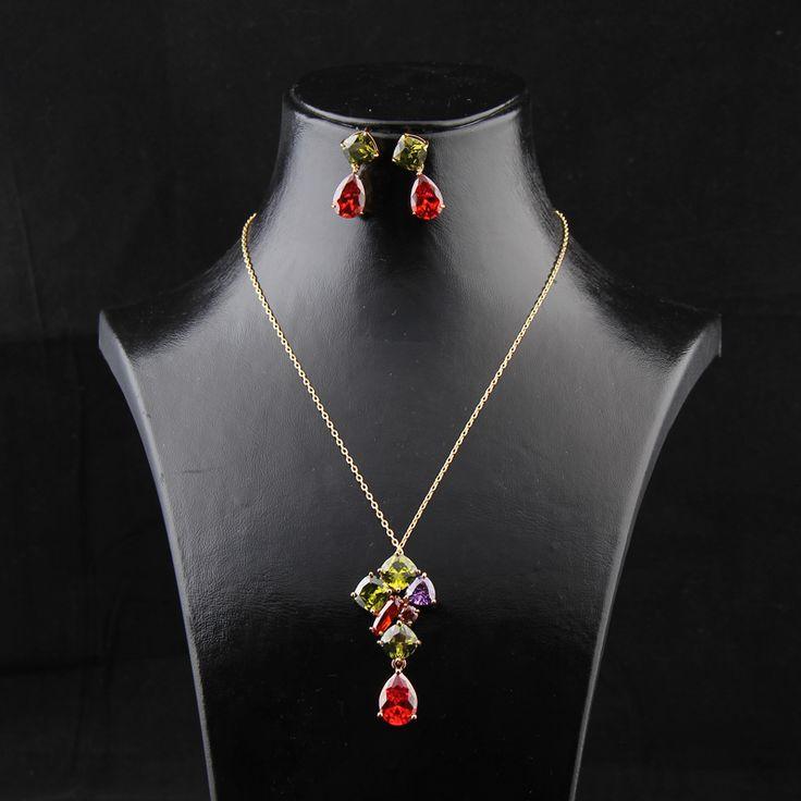 Kıvılcım Set - Avusturya kristali - Swarovski taşlar - Altın kaplama - Aksesuar - Set - Dalya Takı Austrian Crystal - Swarovski stones - Accessory - Jewellery Set - Rose Gold - Gold Plated - Red - Green