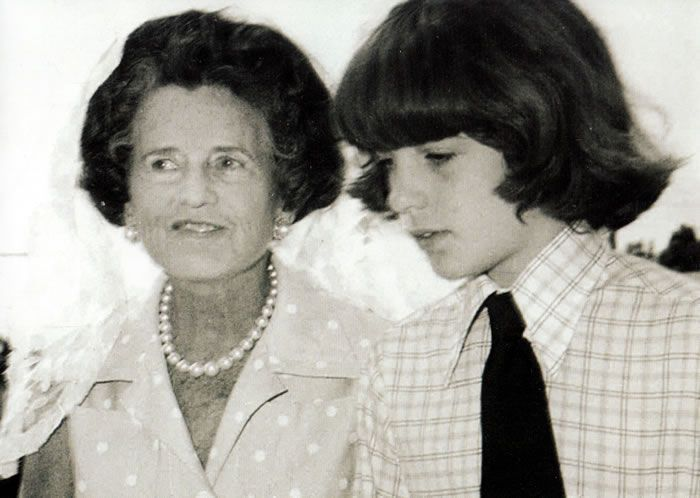 Jfk jr with his grandma Rose Kennedy in palm beach house