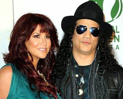 SLASH - Divorzio dalla moglie Perla Ferrar ancora una volta? #slash #perlaferrar