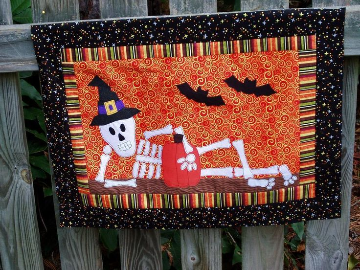 ❤ Mr. October! ❤ Raw-edge applique free pattern from Fun Threads Designs.
