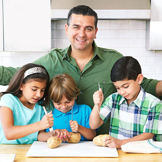Cooking with Kids: Buddy Valastro's Easy Gnocchi Recipe #RRItaly | http://www.rachaelraymag.com/food-how-to/cooking-tips/cooking-with-kids-buddy-valastros-easy-gnocchi-recipe/