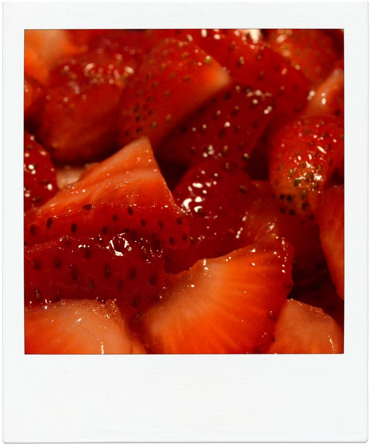"""Use photos to prompt imagery-rich descriptive writing! This strawberry picture is perfect for """"taste"""" and """"sight"""" imagery. Great for visual learners!"""