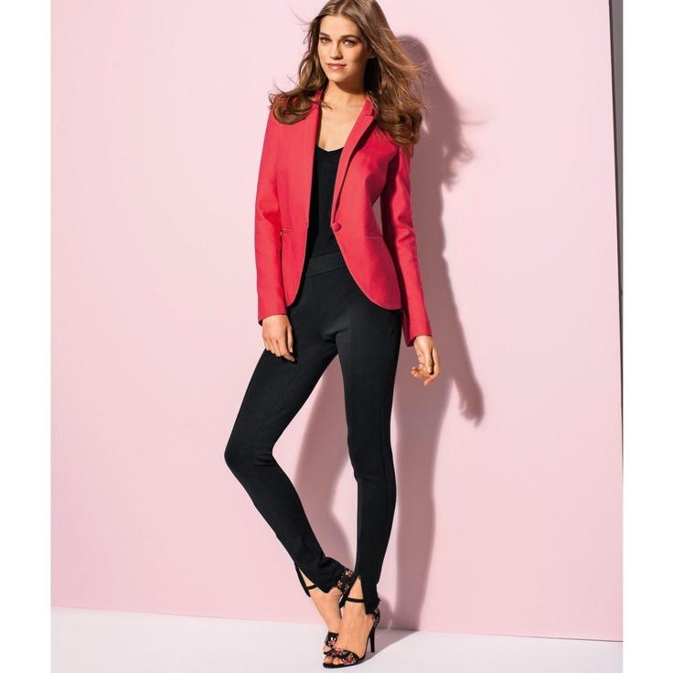 pink on black...  http://www.laredoute.gr/