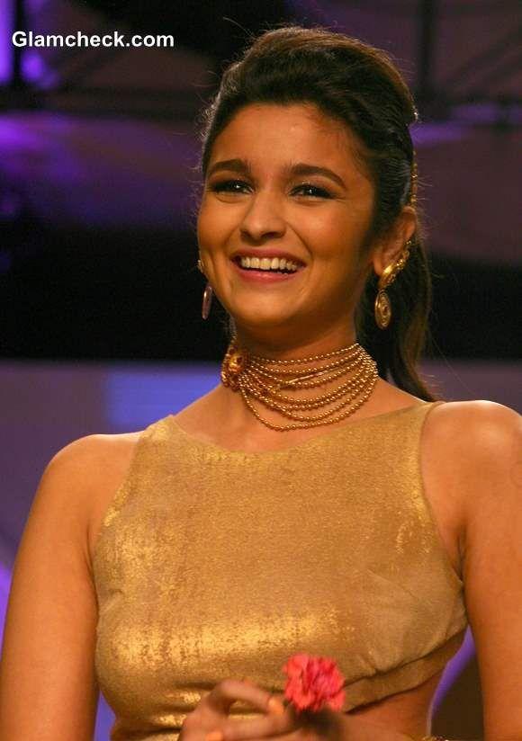 Alia Bhatt India Bridal Fashion Week 2013 The Azva Show