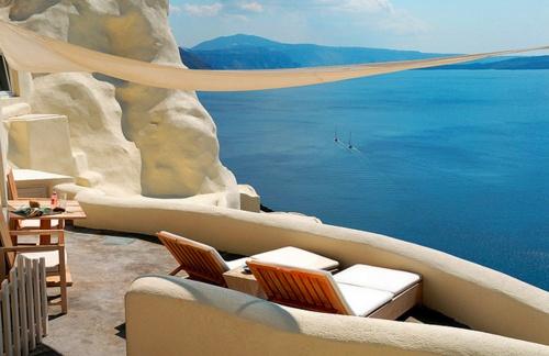 Santorini, Greece.Needs A Vacations, Santorini Greece, Dreams Vacations, The View, Travel, Places, Greek Islands, Greek Isle, Hotels