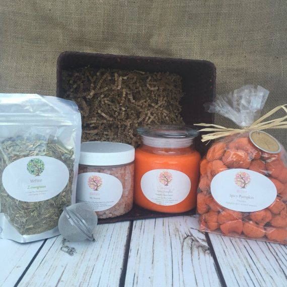 Spicy Pumpkin is an adorable gift basket with a beautiful bright spicy pumpkin soy candle and the most adorable potpourri you will ever see - mini pumpkins scented with spicy pumpkin. Welcome Fall and the holidays with this fantastic combination. Other items included in the basket Himalayan Bath Salt and Lemongrass Herbal Tea. Have some fun during the holidays with this great Pumpkin themed basket.    1 - 16 oz Soy Candle (Spicy Pumpkin) fragrance  1 - Spicy Pumpkin scented potpourri (mini…