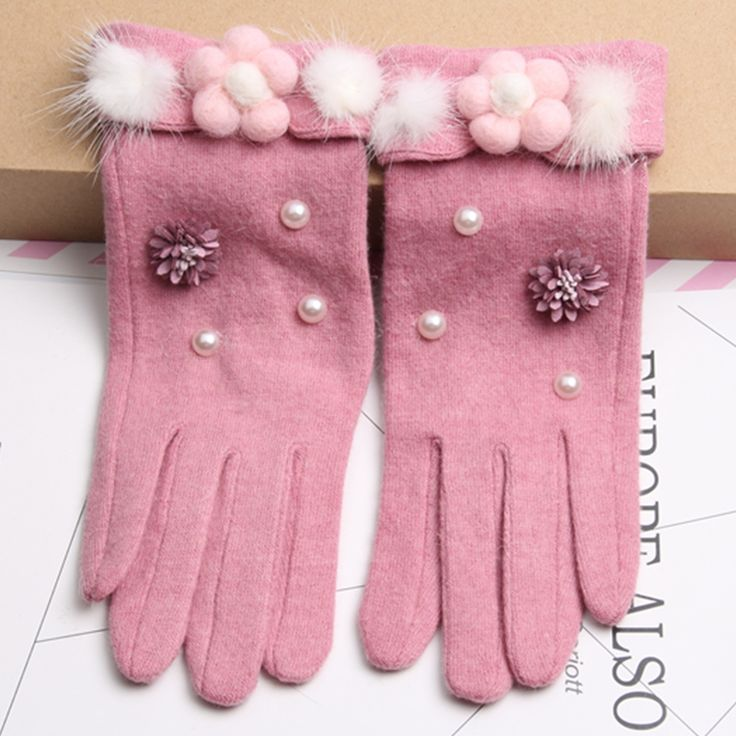 Winter Women Gloves Fashion Cashmere Ladies Gloves Touch Screen Pink Women Mittens Warm Driving Gloves  Free Shipping