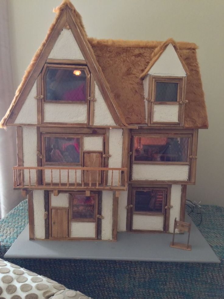 For Sale - Beautiful Hand Made Bespoke Dolls House for Sale - The Dolls House Exchange