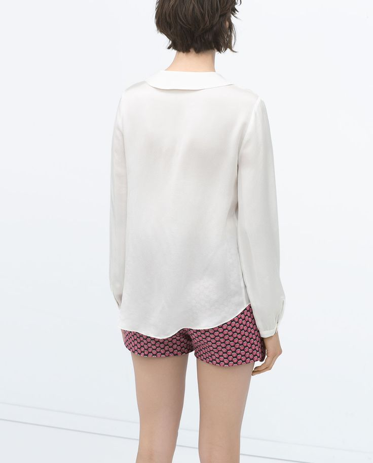 Image 5 of PLEATED BLOUSE WITH PETER PAN COLLAR from Zara