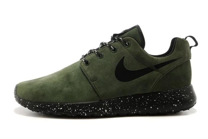 olive green nike | Nike Roshe Run HYP PRM QS Mens Shoes Fur Olive Green Black New Winter ...