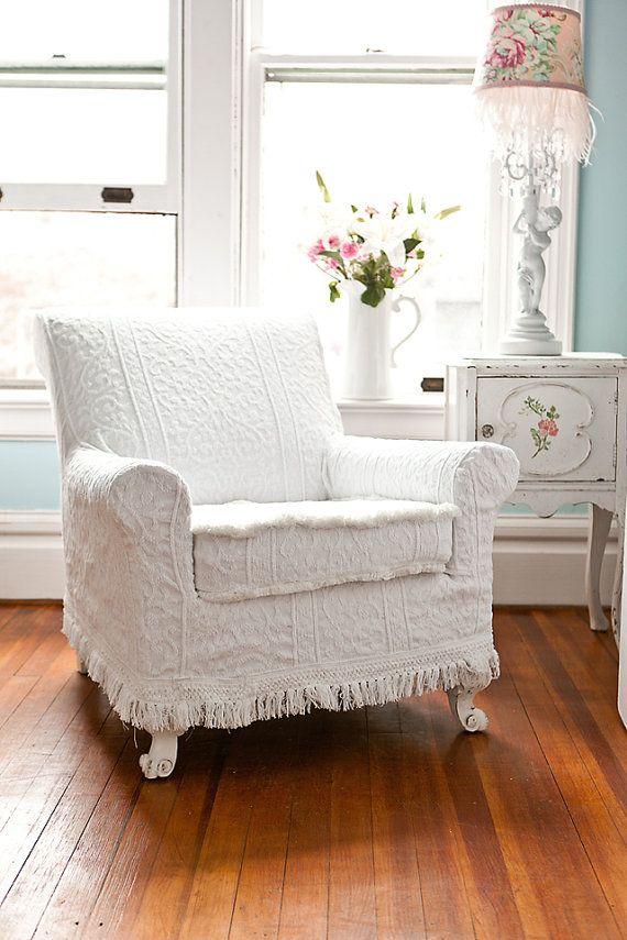 Antique chair slipcover  Shabby Chic Inspiration  ♥ #shabbychic