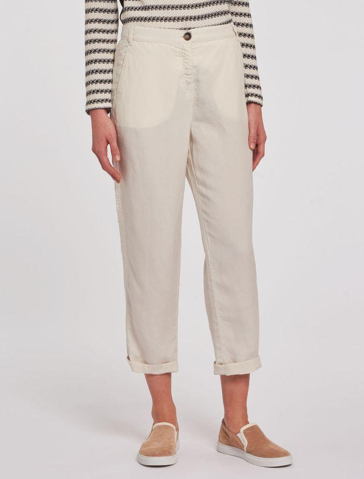 Pennyblack - Pantaloni in lino soft, beige - Pantaloni in tela di lino/lyocell, con micro-texture e mano fluida. Vestibilità morbida. Vita regolare, con passanti per cintura. Lunghezza alla caviglia. Tasche alla francese davanti, a filetto dietro. Chiusura con zip nascosta e bottone. - Spedizioni e resi gratuiti