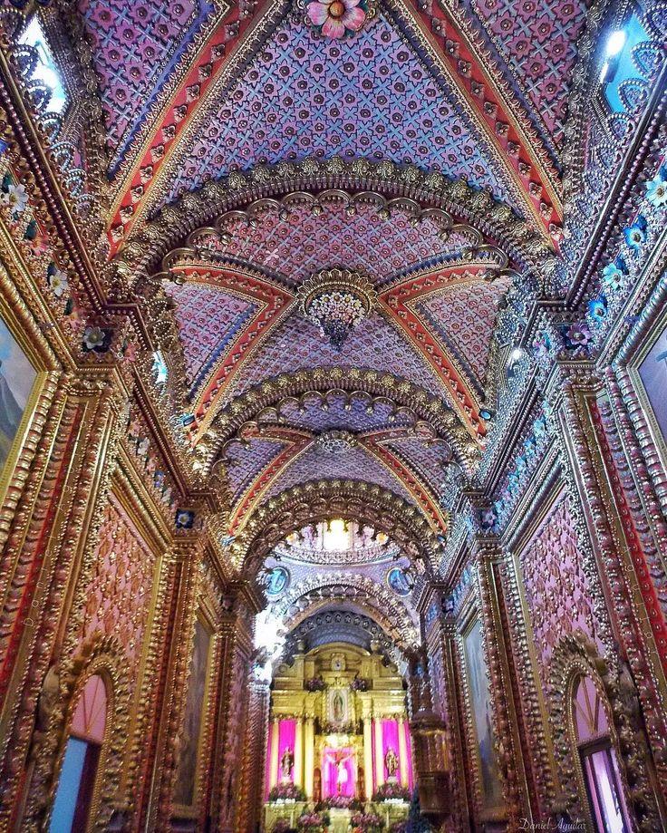 """.    """"Detalles morelianos""""    Templo de San Diego Alcalá    Actual Santuario de Nuestra Señora de Guadalupe    Ciudad de #Morelia    Ciudad Patrimonio Cultural de la Humanidad    Edo. de #Michoacán de Ocampo"""