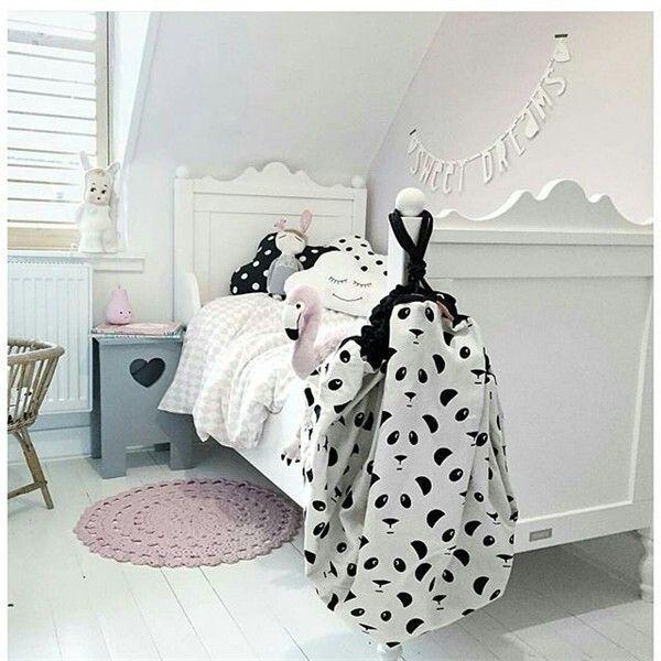 Mooie zwart/wit/roze kamer