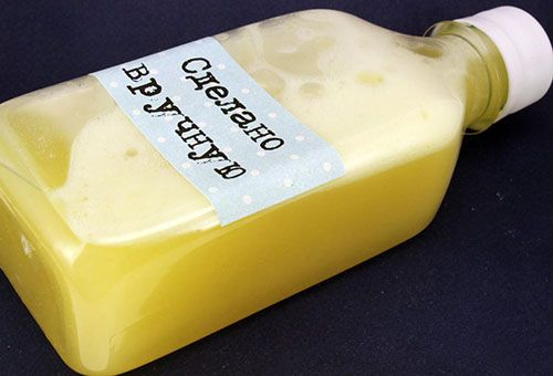 Умение приготовить моющее средство для посуды своими руками позволит снизить затраты на приобретение бытовой химии и предотвратить риск отравления их компонентами.