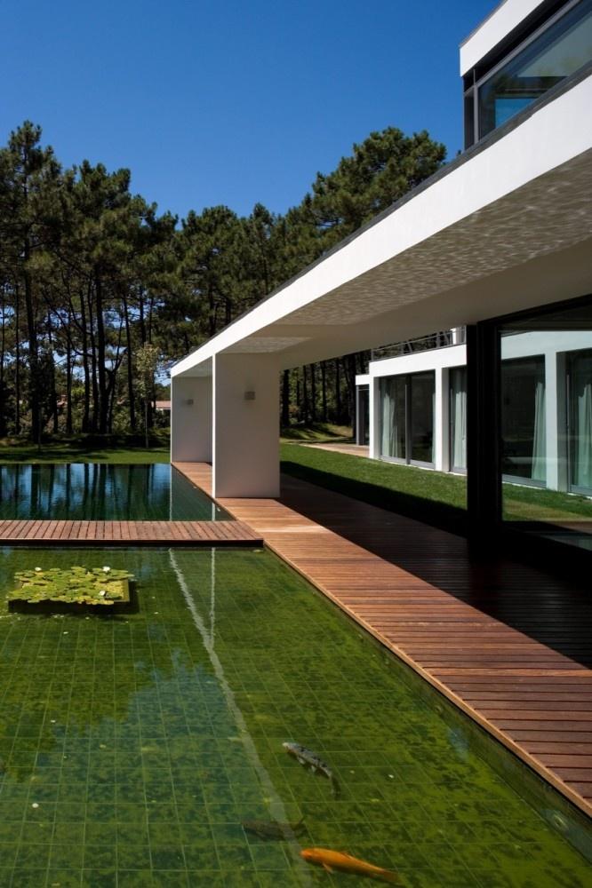 Exterior of Casa Do Lago on Aroeira Golf estate south of Lisbon by Frederico Valsassina Arquitectos