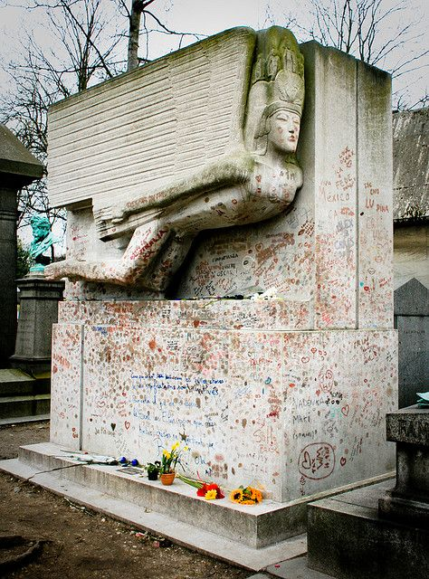 Pay respect at Oscar Wilde's grave, Paris, France (done)