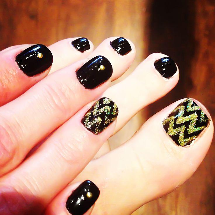 Chevron nail design | Nails. | Pinterest | Ondas, Perfecta ...