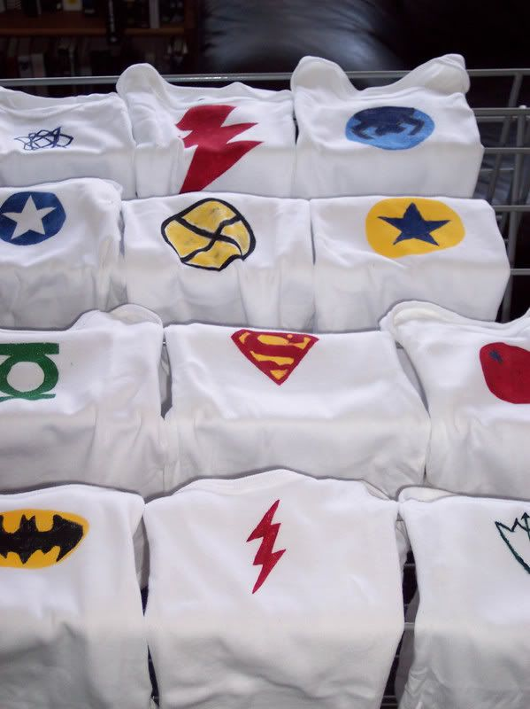 For onesie craft table make superhero patters for people to trace