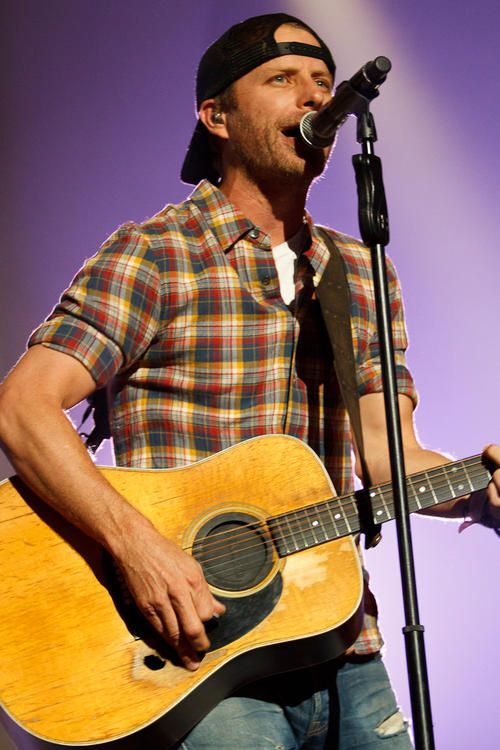I love dierks, I saw him in concert and he held my hand and played with my ring! I cried...