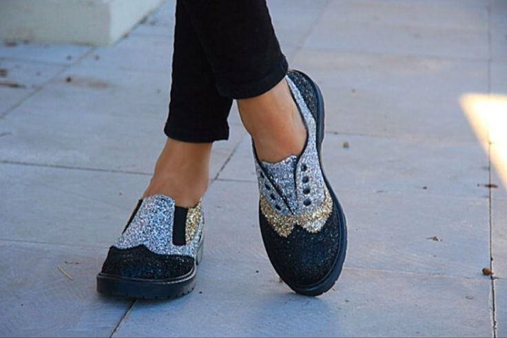 Only with these #2star shoes, you could be different!  www.2star.it   #english #model #gold #silver #black #sparkling #glitter #gorgeous #amazing #cool #shoe #shoes #style #fashion #fall #winter #collection #woman #girl #instagood #instadaily