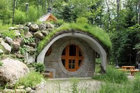 More Hobbits Home 1 hr from Montreal Quebec