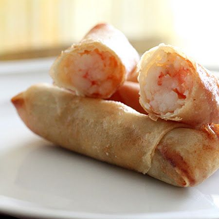 Get your roll on with this #shrimp #eggrolls recipe