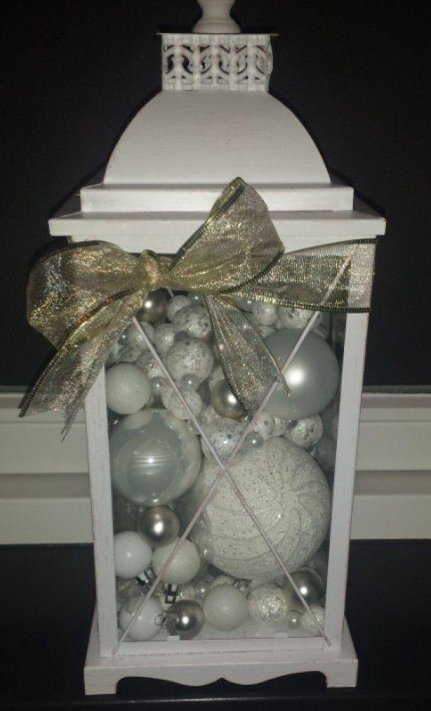 Lantaarntje met kerstballen