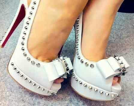 Хотите туфли с шипами?