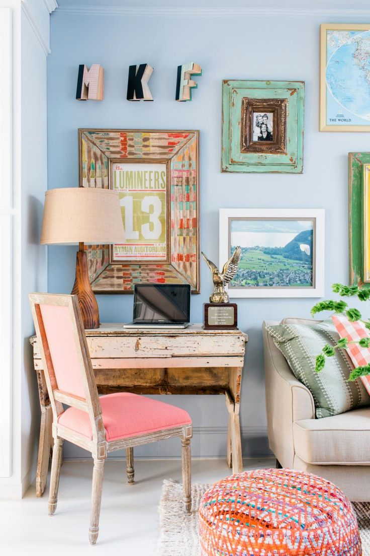 14 Ways To Make A Tiny Apartment Living Room Feel So Much Larger