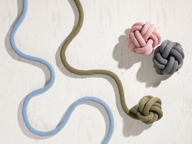 Poduszki Knot Cushion, Design House Stockholm, fot. mat. prasowe