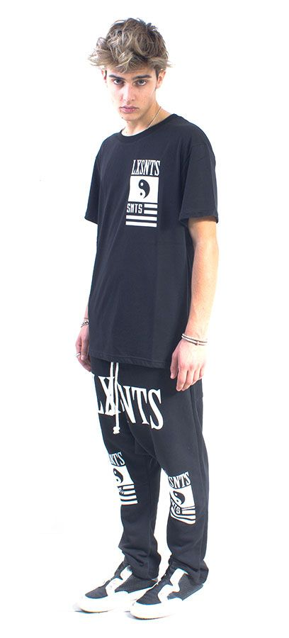 LONG TEE UNISEX NERO LUX VIRTUTIS #lasaints #snts #dope #streetwear #tshirt #madeinitaly #fashion #tomaslanza #style #losangeles