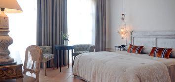 Hotel con encanto en Girona Costa Brava. Hotel Casanamaria es un hotel exclusivo, ideal para una experiencia rural de lujo o una escapada romántica