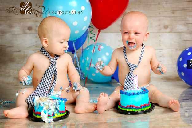 OK, no more cake:   34 Beautiful And Creative Photography Ideas For Twins