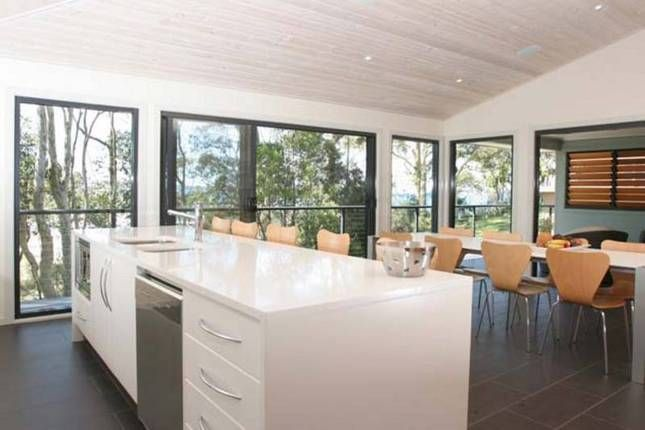 Shearwater, a Batemans Bay North Facing Beachfront Home | Stayz