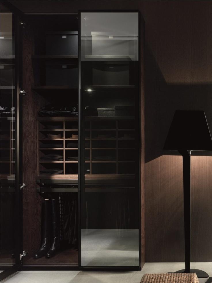 Sistema de puertas de cristal para armarios con marcos de metal anodizado de gunni trentino - Puertas deslizantes de cristal ...