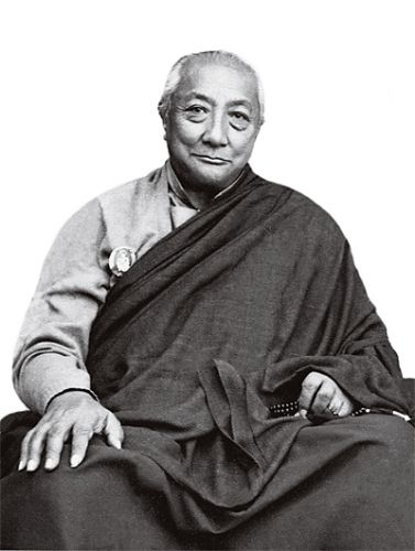 """Practitioners and adverse circumstances ~ Dilgo Khyentse Rinpoche http://justdharma.com/s/t9l4p  It is not when things go well that you can judge a true practitioner. When adverse circumstances arise, you can clearly see shortcomings in their practice.  – Dilgo Khyentse Rinpoche  from the book """"Brilliant Moon: The Autobiography of Dilgo Khyentse"""" ISBN: 978-1590307632…"""