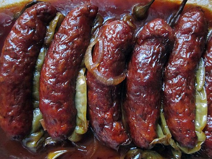 Klobásy na černém pivu...(http://www.babinet.cz/clanek-14047-klobasy-na-cernem-pivu.html)