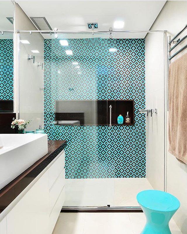 E esse banheiro lindo? Como lidar? 😍 autoria de Ana Yoshida Interiores | via: @decoredecor