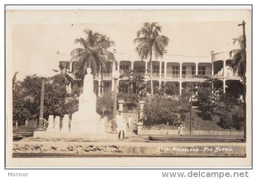 Hotel Magdalena en Puerto Berrio. El ferrocarril de Antioquia lo construyó en la época de gloria de la ciudad, que era la puerta de entrada del Rio Magdalena a Medellín.  #ghnino