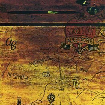 """L'album di #AliceCooper intitolato """"School's out""""."""