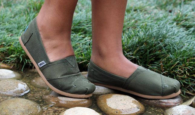 Life Lessons: How to Waterproof Your Shoes Brit + Co. Bees Wax Lubricating Compound