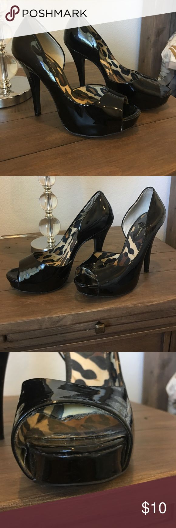Jessica Simpson Heels Always complimented on these shoes. Super cute and can go with just about anything. Pricing reflects the wear. Please see photos where fabric is coming away from the shoe. Super easy fix. I love these shoes but haven't worn heels in ages. ❤️❤️ Jessica Simpson Shoes Heels